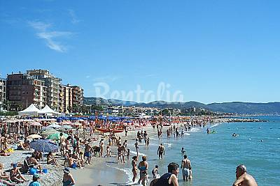 Spiaggia Borghetto Santo Spirito A Borghetto Santo Spirito