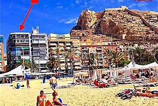 Beach and entertainment area in Alicante   Alicante