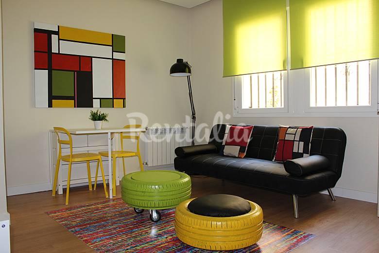 Apartamento luminoso en madrid centro madrid madrid camino de santiago de madrid - Apartamentos madrid centro por dias ...
