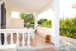 Villa for 4-6 people only 350 meters from the beach Brindisi