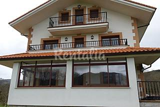 Villa for 13-18 people only 900 meters from the beach Cantabria
