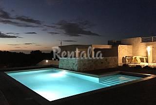 New Modern Villa with Pool Lecce