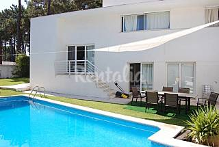 Villa for 8 people 3.5 km from the beach Setúbal