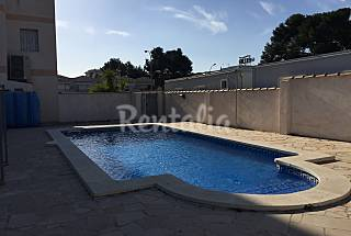 Nice apartment with pool near the beach Tarragona