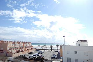 House with 3 bedrooms only 60 meters from the beach Cádiz