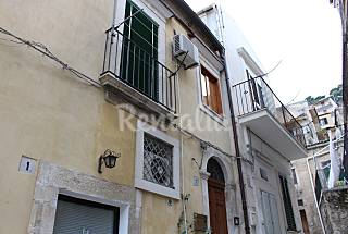 House with 1 bedrooms 10 km from the beach Ragusa