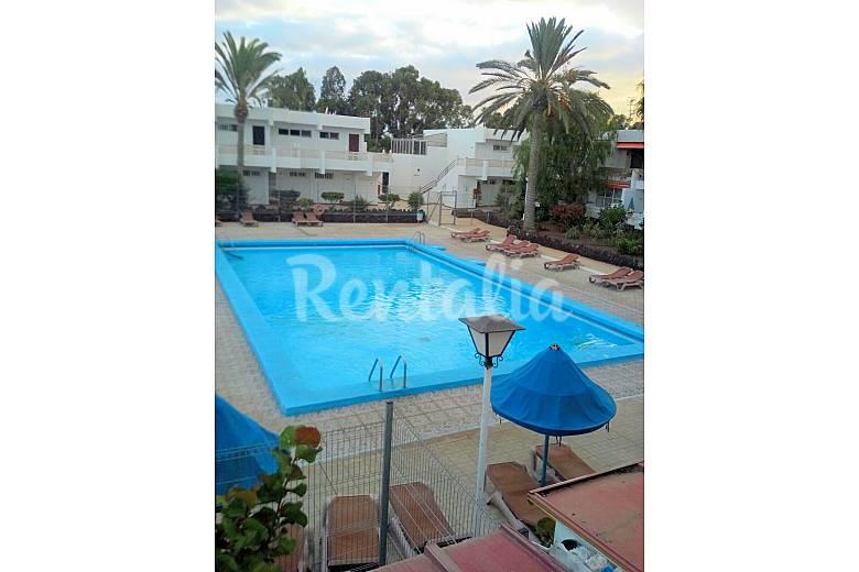 Apartamento con piscina cercano al mar costa del for Apartamentos en torre del mar con piscina