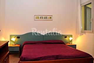 Apartamento para 5-7 personas en 1a línea de playa Venecia