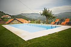 House for 4-5 people with swimming pool Viana do Castelo