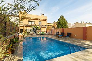 House with 3 bedrooms only 1500 meters from the beach Girona