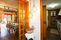Villa for 8 people with swimming pool Barcelona