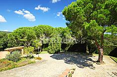 Villa for rent 3 km from the beach Girona