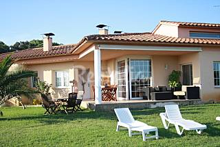 Villa para 8-11 personas a 3 km de la playa   Girona/Gerona