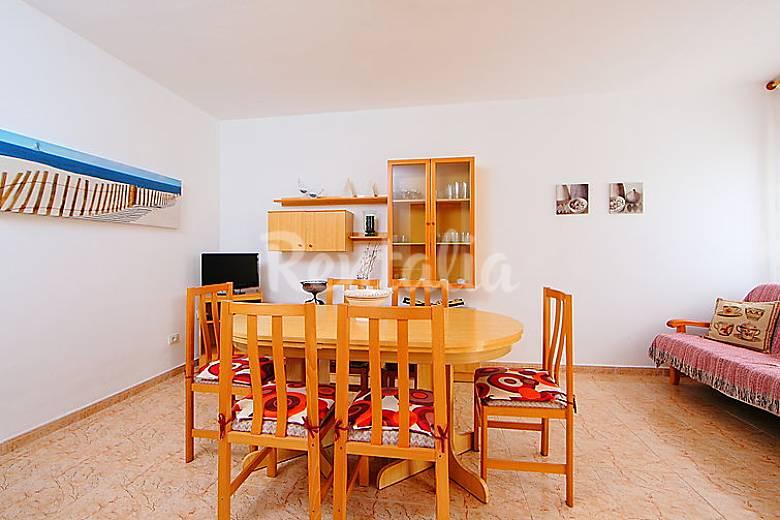 Apartamento para 5 personas a 400 m de la playa for Registro bienes muebles castellon