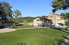 House for 5 people with swimming pool Istria