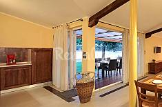 House for 4 people on the beach front line Istria