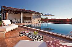 Vivenda para alugar com piscina Ístria