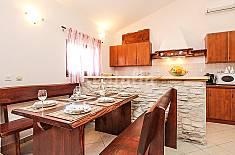 House for 6 people 5 km from the beach Istria