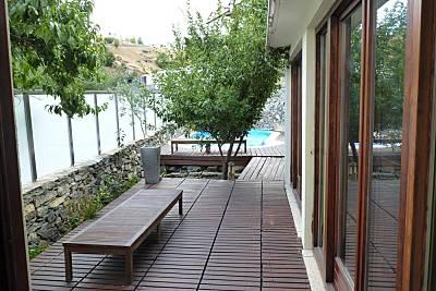Vivenda em Bragança com piscina e jardim Bragança