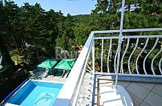 Apartamento para 6 personas a 200 m de la playa Primorje-Gorski Kotar