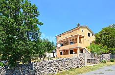 Apartment for rent only 600 meters from the beach Lika-Senj