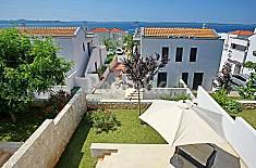 Apartamento para 5 personas a 100 m de la playa Zadar