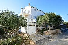 Apartment for 5 people only 230 meters from the beach Šibenik-Knin
