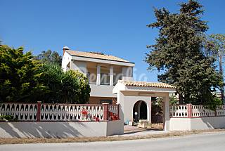 Villa for 7-9 people 2 km from the beach Ragusa