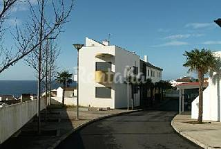 Apartment for 2-5 people only 700 meters from the beach São Miguel Island