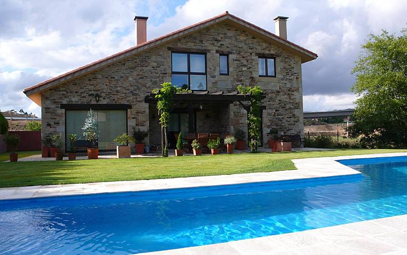 Villa de 3 habitaciones en santiago de compostela - Apartamentos con piscina en galicia ...