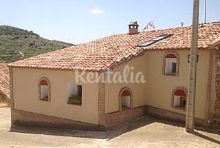 House with 3 bedrooms in Aragon Teruel