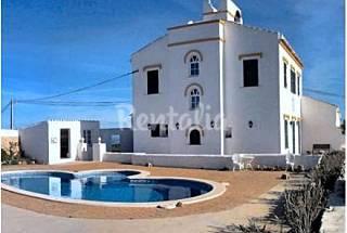 Casa rural con piscina privada Menorca