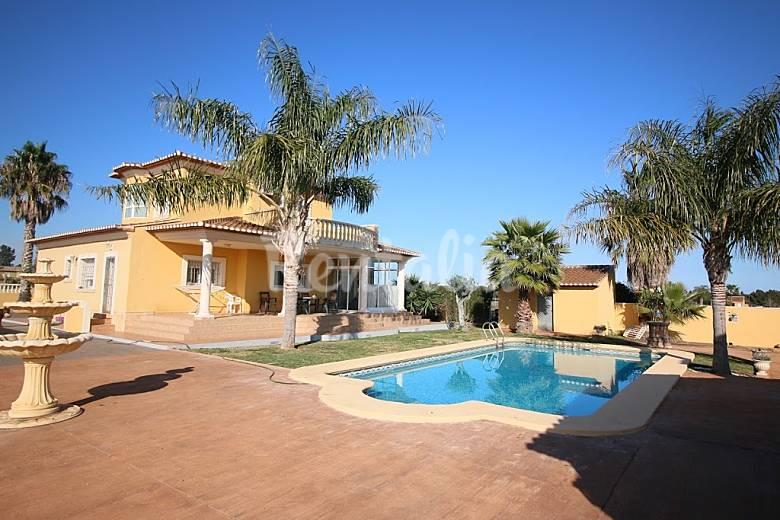 Casa en alquiler en comunidad valenciana setla els for Alquiler chalet piscina privada comunidad valenciana