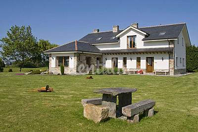 4 apartamentos- La Cruz de Paderne (a  2 km de las playas) Asturias