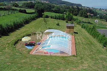 Casa con vistas al mar piscina finca cerrada for Piscinas asturias