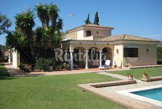 Villa with 4 bedrooms 2.5 km from the beach Cádiz