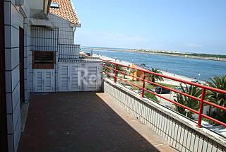 Apartamento com 2 quartos em frente à praia Aveiro