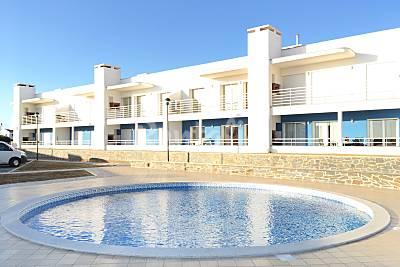 Varandas -  Arrifana, com piscina, junto á praia Algarve-Faro