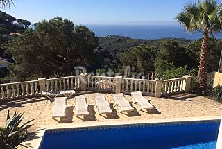 Villa with 2 bedrooms 2.5 km from the beach Girona