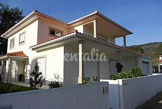 Villa for 2-3 people only 1500 meters from the beach Viana do Castelo