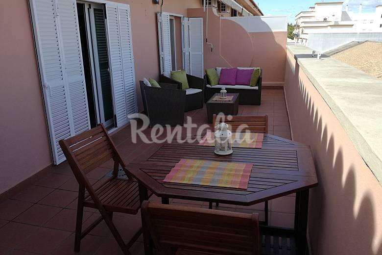 Apartamento de 1 habitaci n a 600 m de la playa sanl car for Muebles sanlucar de barrameda
