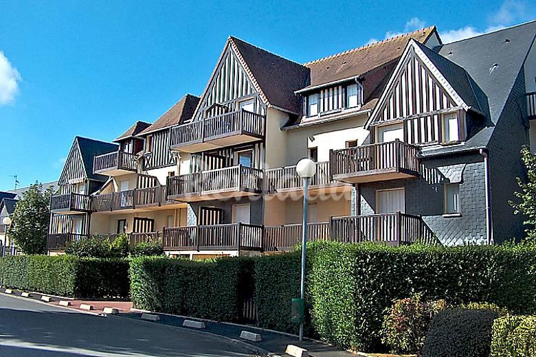 Villa per 4 persone bassa normandia cabourg calvados for Piani casa del sud del cottage