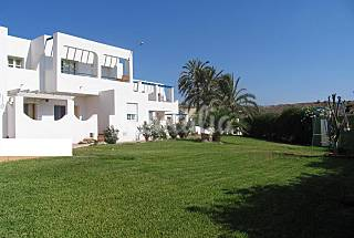 14 Apartments only 550 meters from the beach Almería