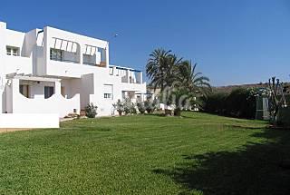 14 Apartamentos a 550 m de la playa Almería