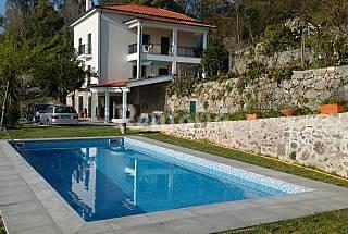 Vivenda com 4 quartos em Braga Braga