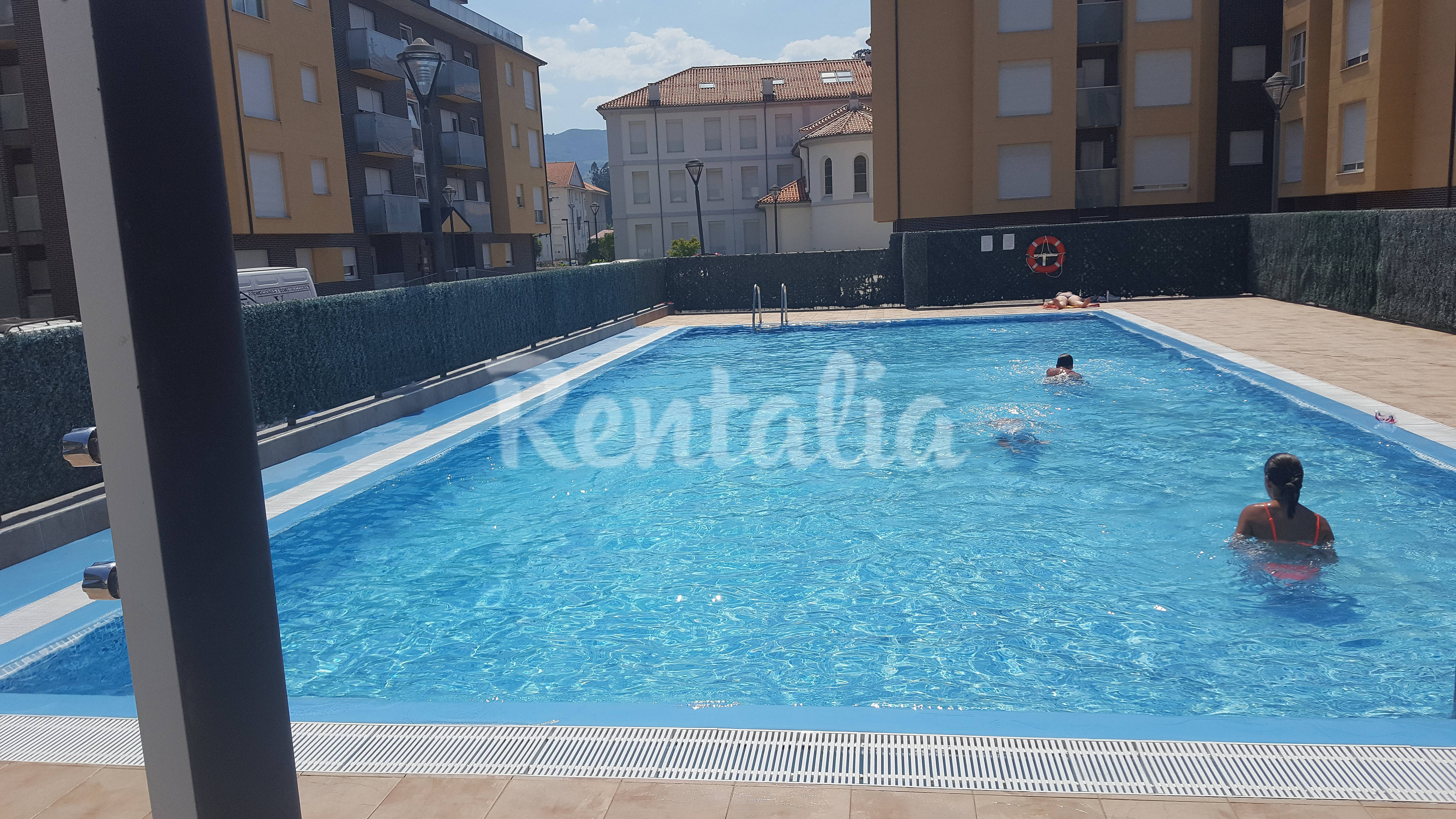 Apartamento magnifico en unquera con piscina unquera for Piscina san vicente