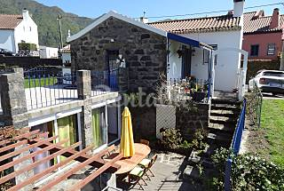 Villa for 2-4 people 8.5 km from the beach São Miguel Island