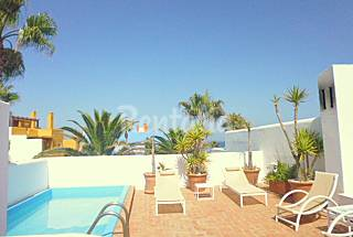 Contemporary 3 bedroom house on front line beach  Cádiz