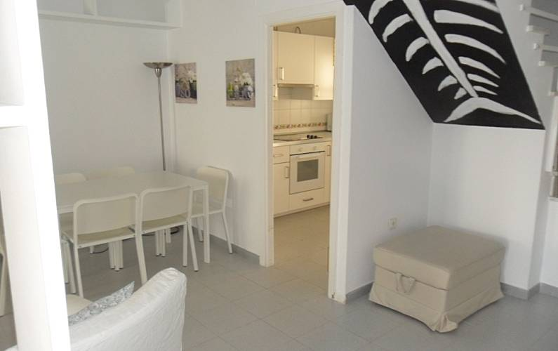 Casa en alquiler a 400 m de la playa el puerto de santa for Registro bienes muebles cadiz