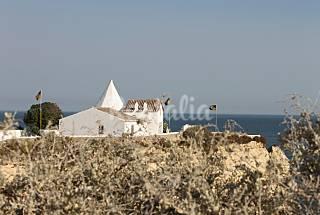 One bedroom apart. in private condominium w/ pool Algarve-Faro